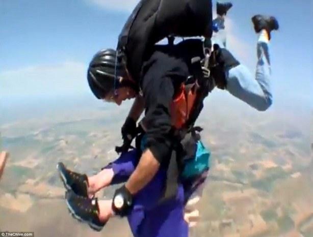 skydive08