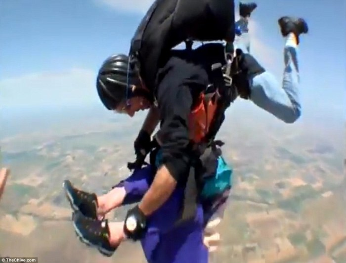 skydive08