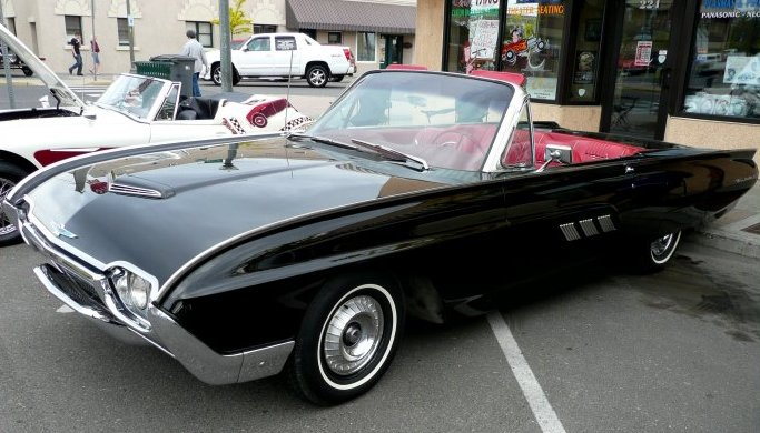 Ford T'bird 1961