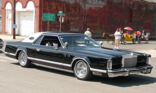 Lincoln Continental Mark V 1974