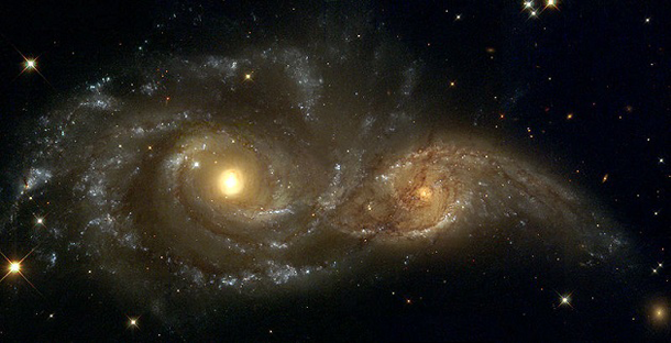 colliding galaxies hubble