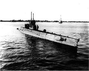 USS L-10 (SS-50)