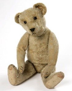 ideal-toy-corp-teddy-bear-1910