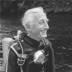 Jaques Cousteau Scuba gear
