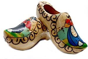 wooden-clogs