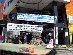 Super_Ycuá_Bolaños_01_08_2005