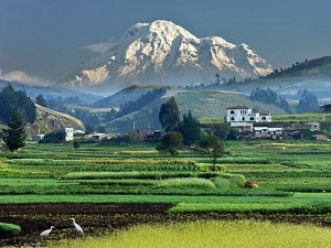 mount-chimborizo-ecuador-equator-tallest-mountain