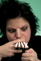 woman_multiple_cigarettes1