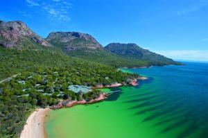 Tasmania-in-Australia_Splendid-beaches_27