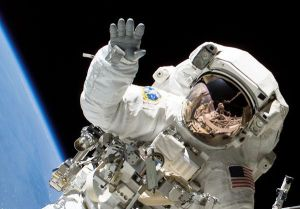 astronauts-fingernails-hands-shuttle