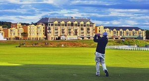 Old-Course-Hotel-with-Golfe