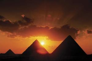 three pyramids in Giza