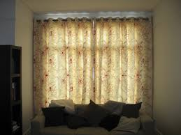 closed curtains