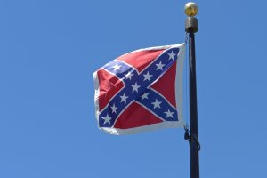 Confederate battle flag flies in South Carolina